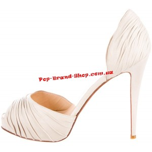 /2467-15211-thickbox/christian-louboutin-turbella-sandals-white-leather.jpg