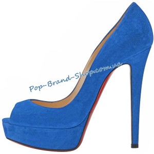 /2818-16965-thickbox/christian-louboutin-banana-pumps-sky-blue-suede.jpg