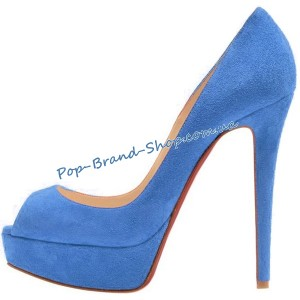 /2825-17013-thickbox/christian-louboutin-banana-pumps-light-blue-suede.jpg